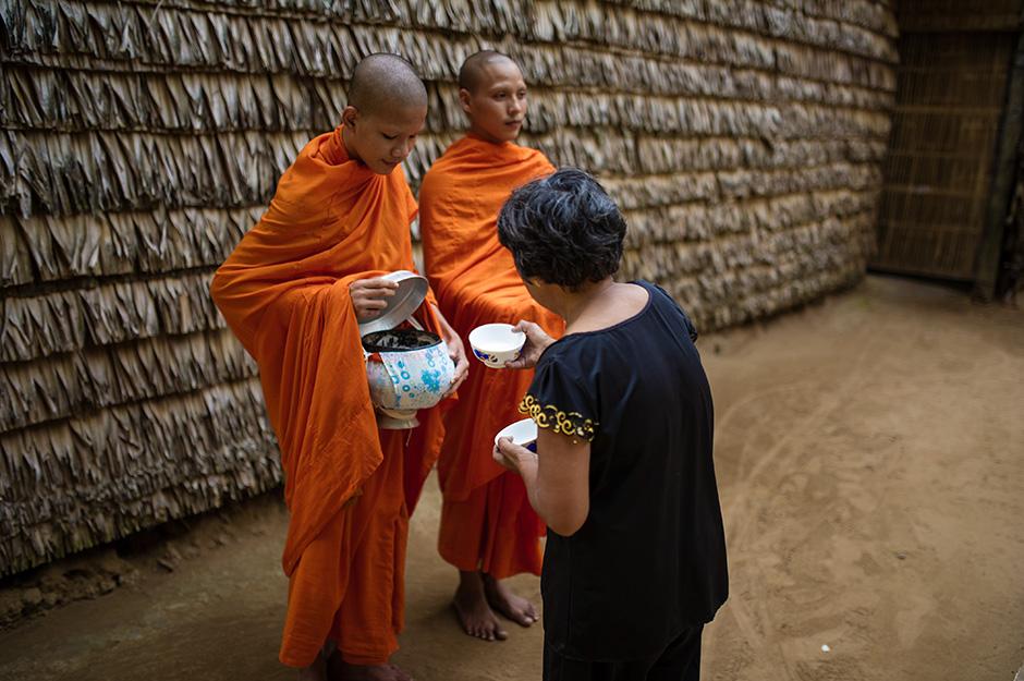 Sự Thật Về Tự Do Tôn Giáo Của Người Bản Địa Khmer-Krom Tại Việt Nam