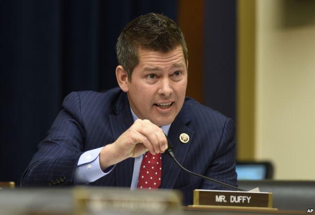 Dân biểu Cộng hòa Sean Duffy đại diện bang Wisconsin